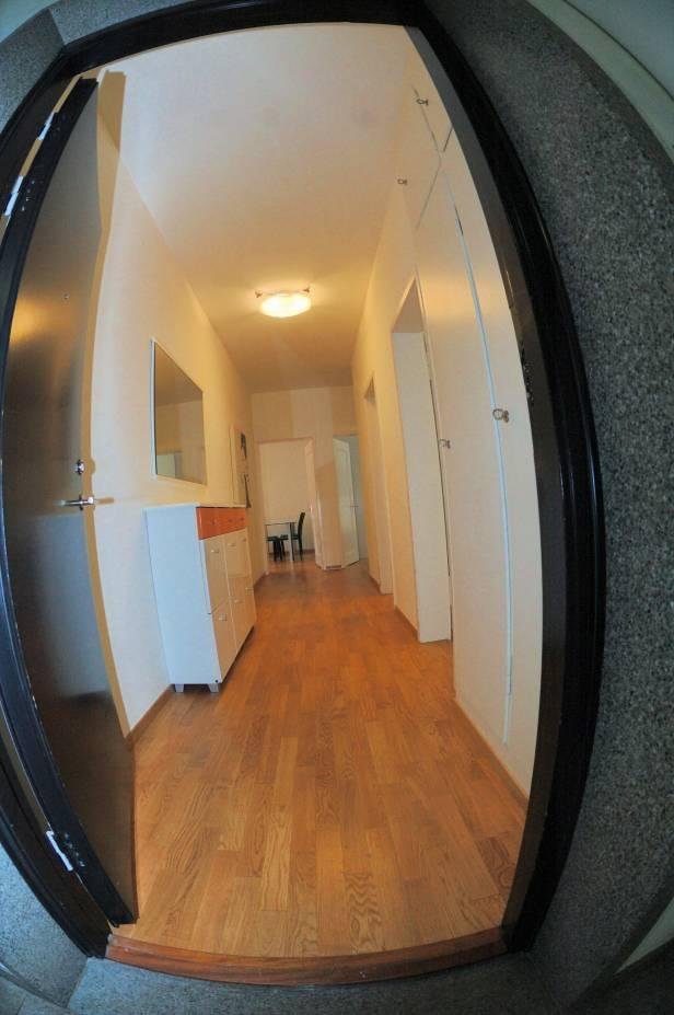 2 Room Apartment To rent at Mühlebachstrasse, 30 in Zürich - 2 Photos