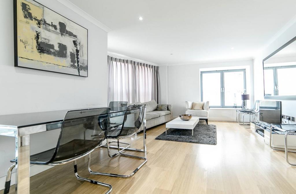 2 Room Apartment To rent in Zürich