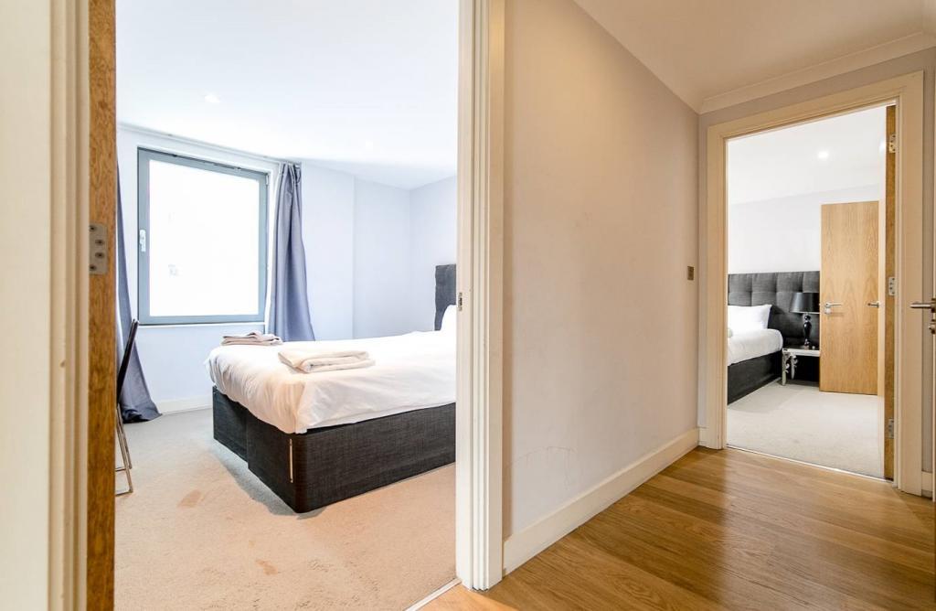 2 Room Apartment To rent in Zürich - 3 Photos