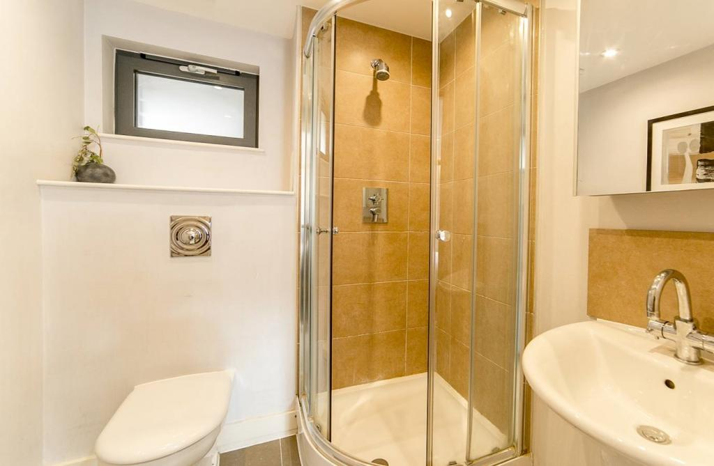 2 Room Apartment To rent in Zürich - 7 Photos