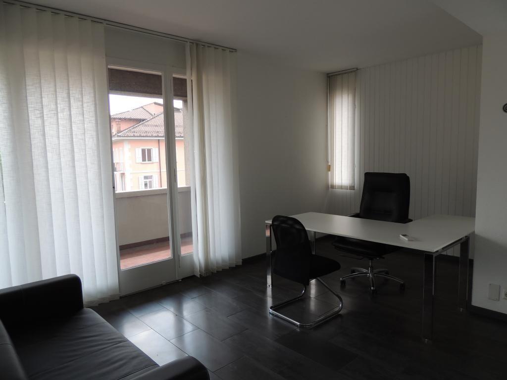 Разделенный на помещения в аренду, Лугано