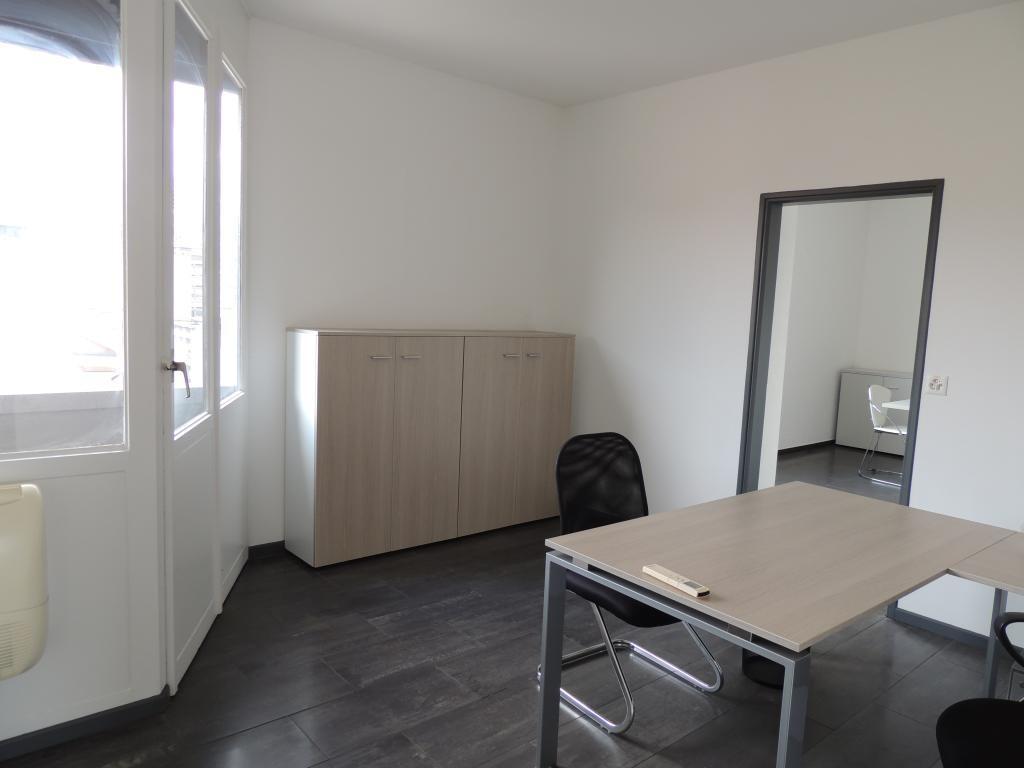 Разделенный на помещения в аренду, Лугано - Фото 3