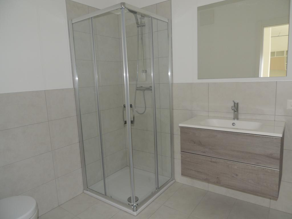 2 Room Apartment For Sale in Balerna - 3 Photos