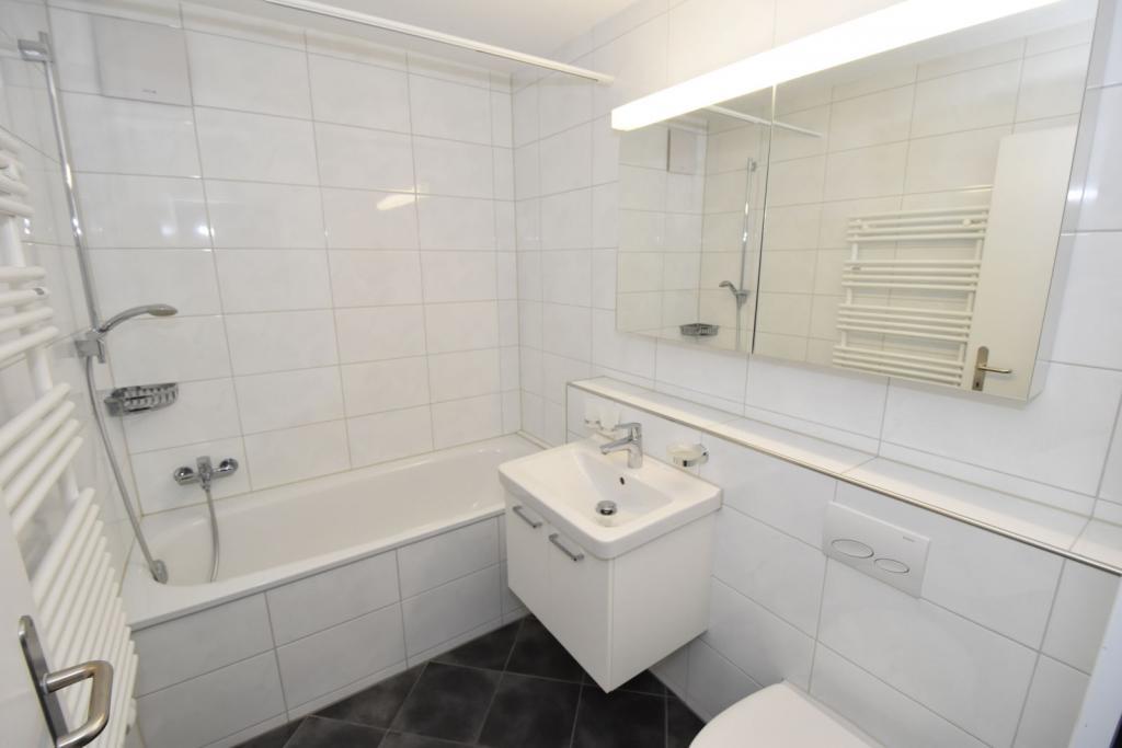 2 Room Apartment To rent at Kornstrasse, 3 in Schwerzenbach